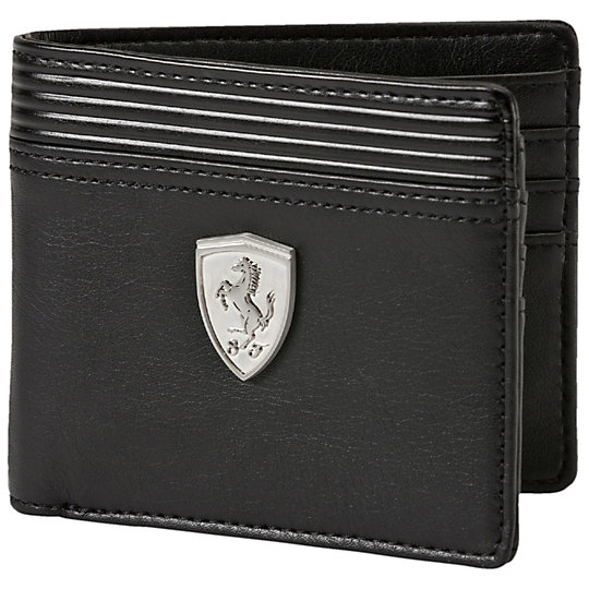 �������� Ferrari LS Wallet M - Puma��������<br>�������� Ferrari LS Wallet M<br><br>������������� �������� Ferrari LS Wallet M �������� ����������� �������� ��� ����������� ���� � �����. �������� ��������� ����������� ��������� ������, ���������� ������� Ferrari, ������������� �� ������� ������������ ����� � ������������� �������, � ������� ������� PUMA Cat ������. ���������� ����� �������� ���������� ������� ����������, ����������� �������. ������ ��������� �������� ��� �������, ��� � �������. � ��� �� ������ ������ ���� � ���� �� ��������!<br>  <br>�����: �����-���� 2015 ����<br>������: 12�9,5�2 ��<br>������: 100% PU<br><br><br>color: ������<br>size US: OSFA<br>gender: Male