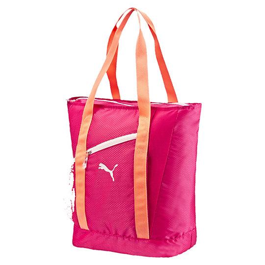 Сумка Fit AT ShopperСумки<br>Сумка Fit AT ShopperБольшая и удобная сумка Fit AT Shopper от PUMA — отличный вариант городской сумки для девушек, предпочитающих практичные, комфортные и эргономичные вещи, а также активный образ жизни. Сумка вместит все необходимые принадлежности для спорта, прогулки или учебы или станет прекрасным выбором для похода по магазинам. Продуманные кармашки для различных мелочей, защищенные застежками-молниями, и широкие плечевые лямки сделают ее вашим незаменимым спутником каждый день.Коллекция: Весна - лето 2016.                               Застежка-молния для основного отделения.Внутренний кармашек на молнии.Скрытый кармашек на молнии спереди.Скрытый сетчатый карман из эластичной на боковой стороне.Сетчатые отделения спереди и сзади.Защитное внутреннее покрытие.Длинные и широкие ручки для комфортного использования.Прозрачный фирменный прорезиненный бегунок с логотипом PUMA.Размер: 30 x 40 x 18 cm (25л).<br><br>size RU: OSFA<br>gender: Female