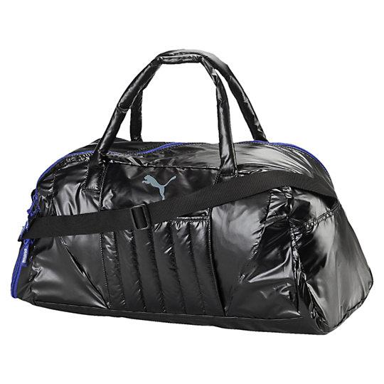 Сумка Fit AT Sports DuffleСумки<br>Сумка Fit AT Sports Duffle<br>Удобная и практичная сумка Fit AT Sports Duffle. Благодаря вместительному внутреннему отделению и боковому отделению на молнии, в этой спортивной сумке поместится все необходимое для тренировки.<br><br>Коллекция: Осень-зима 2016<br>Материал: 85% нейлон с полиуретановой изнанкой, 15% полиэстер<br>Размеры: 50 x 24 x 24,5 см (28 л)<br>Вид спорта: Тренинг<br>Основное отделение на молнии<br>Внутренний карман на молнии<br>Спереди накладной карман и отделение для коврика для йоги<br>Боковое отделение на молнии для обуви<br>Длинные набивные ручки для переноски<br>Регулируемая плечевая лямка из тесьмы<br>Непромокаемое дно с особым водонепроницаемым покрытием<br>Страна-производитель: Гонконг<br><br><br>size RU: OSFA<br>gender: Female