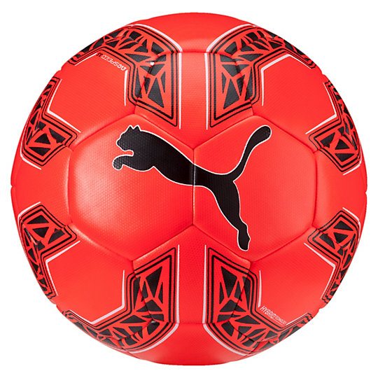 Футбольный мяч evoSPEED 3.5 HybridСпортивные аксессуары<br>Футбольный Мяч evoSPEED 3.5 Hybrid<br>Футбольный мяч evoSPEED 3.5 имеет гибридную конструкцию, которая обеспечивает прочность, чрезвычайно гармоничную структуру, а также сниженный уровень поглощения влаги. Он готов к любым действиям на поле.<br>/p&gt;<br><br>Коллекция: Осень-зима 2016<br>Материал: Внешнее полиуретановое покрытие, подкладка из пеноматериала EVA<br>Вид спорта: Футбол<br>Простроченные на машинке швы 32 панелей из термополиуретана для обеспечения мягкости и округлости формы<br>Многослойная подкладка для выравнивания формы и повышения упругости<br>Резиновая основа, обеспечивающая воздухонепроницаемость<br>Логотип PUMA спереди<br>Страна-производитель: Пакистан<br><br><br>size RU: 5<br>gender: Male