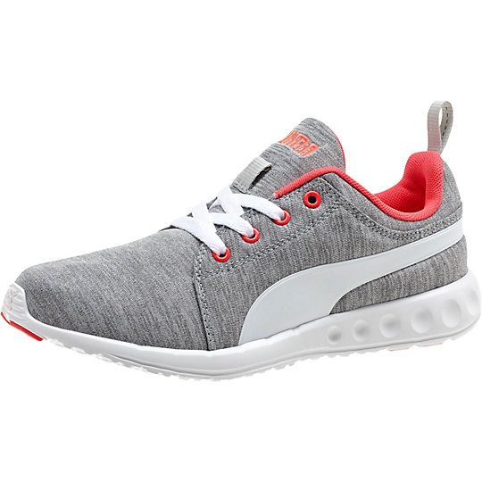 womens pumas sneakers