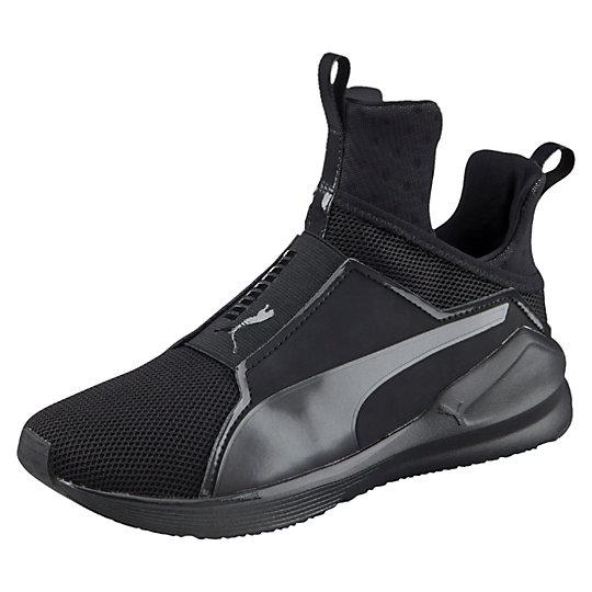 Кроссовки Fierce CoreКроссовки и кеды<br>Кроссовки Fierce Core<br>Эти инновационные кроссовки созданы для улучшения результатов. Невысокий ботинок с покрытием в виде сетки придаст тебе уверенности и предоставит оптимальную работу. Дышащая сетка добавляет комфорта при носке и позволяет оставаться ноге в прохладе даже тогда, когда тренировка становится жаркой. Дизайн модели дополнен гибкими канавками, дополнительно утолщенной пяткой и крепкой резиновой подошвой для поддержки любых динамичных тренировок.<br><br>Коллекция: Весна-лето 2016<br>Специально разработанная конструкция ботинка<br>Оптимальная поддержка стопы<br>Дышащая поверхность<br>Гибкая резиновая подошва<br><br><br>size RU: 36<br>gender: Female