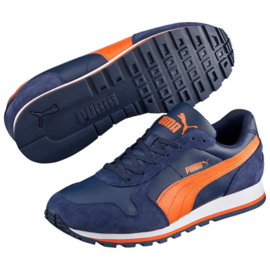 ��������� ST Runner L - Puma���������<br>��������� ST Runner L �������� ��������� ST Runner L, ����������� � ���� ������� � ����������� ��������, �������� ��� ������������ ����� � ��������� ������. ��� ��������� ��������� ��� �� ���������� �������, ��� � � ��������. ������������ ����� ������� ��������� ������ PUMA Formstrip  � ������� PUMA, ������������� �� ������. ��� ������������ ������ ������ �������� ������� ������ �� �����������.�����: �����-���� 2015 ����������� �������� ������������ �������� �������� ����� �� ����, � ������ ������ � ������ ������������ ������������ �������������� ����������� ��������� ������������� ������� �� ��������� EVA���������������� ��������� �������<br><br>color: �����<br>size US: 44.5<br>gender: Male