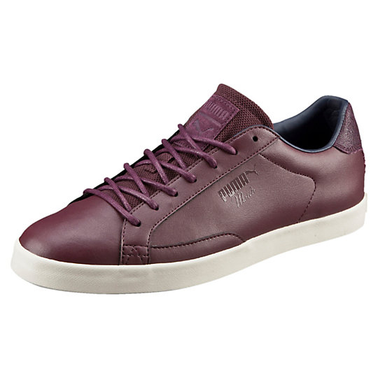 Кроссовки Match Vulc CitiКроссовки и кеды<br>Кроссовки Match Vulc Citi<br> При создании этой модели мы черпали вдохновение в коллекции теннисной обуви 1947 года Puma Match. Лаконичные и современные, кроссовки Match Vulc Citi с верхом из высококачественной натуральной кожи станут идеальным дополнением в Вашему гардеробу<br><br>Коллекция: Осень-зима 2016<br>Материал верха: Натуральная кожа<br>Материал подошвы: Вулканизированная резина<br>Страна-производитель: Гонконг<br><br><br>size RU: 43<br>gender: Male