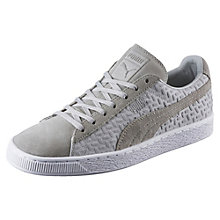 Suede Classic Emboss v2 Sneaker