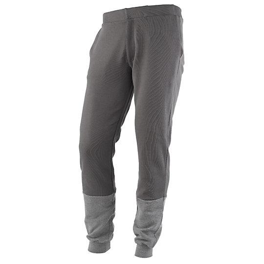 ����� Tie Dye Sweat Pant - Puma�����<br>����� Tie Dye Sweat Pant<br>����� Tie Dye Sweat Pant � �������� ������ �������� ����. ���������� ��� ��� ������������ �����, ��� � ��� ���������� � � ����, � �� ������ ������� �������, ������� ������� ��� �������� �������� �� ���� ����. ������ �������� ������� PUMA. � ��������� ���������� � ����, ����������� ������� ��� �������� ����� ����������.<br> <br>������: 100% ������ <br>���� ������������ ���������� ������� �������<br>������, �������� ����, �������- � ���������������, ���������������<br>����� Tie Dye Sweat Pant � ���������� ������� � ������� ��������!<br>�����: �����-���� 2014 ���� <br><br><br>color: �����<br>size US: S<br>gender: Male