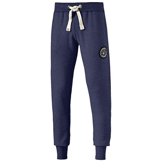 ���������� ����� Varsity Sweat Pants - Puma�����<br>���������� ����� Varsity Sweat Pants ������� ����� Varsity Sweat Pants �������� �������� ���������, ���������� � ���� �������� ��������. ��������� ���������� ������� �� ����� � �������������� ������� ��� ������������� ����������� ���������� �������. ����������� �������� PUMA �� ����� ���� ��� ����� ������ �������� ����������� ������ ����������� ������.�����: �����-���� 2015 ����������: 70% ������, 30% ������������������� ������� �� �������� ��� ������ �������� � �������� �� ����� ����������������� � ������� ���� � ��������� ������ ������ ��������� ����������� ������������� ����, ������ �������� ������������ ����������� ������������� ��������<br><br>color: �����<br>size US: L<br>gender: None