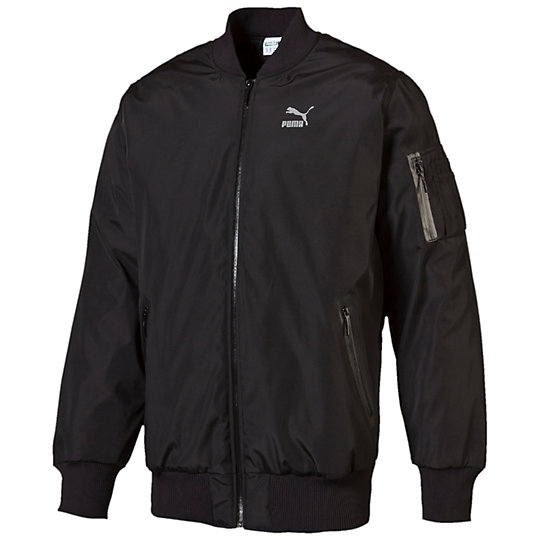 Куртка Evo MA JacketКуртки, жилеты<br>Куртка Evo MA Jacket Куртка Evo MA Jacket на подкладке от PUMA выполнена с применением передовых технологий. Очевидное превосходство этой модели в удобстве, качестве и надежности изделия. В этой оригинальной куртке вы всегда будете чувствовать себя уверенно и комфортно, так как создана она для людей активного образа жизни. Спереди на груди имеется логотип PUMA Archive №1.Сезон: осень-зима 2015 годаСостав: 100% полиэстерНиз изделия из эластичной резинки позволяет регулировать посадкуПередние карманы закрываются на молнию, обеспечивая сохранность вещейМолния на всю длину изделия для большего комфорта<br><br>color: черный<br>size RU: 50-52<br>gender: Male