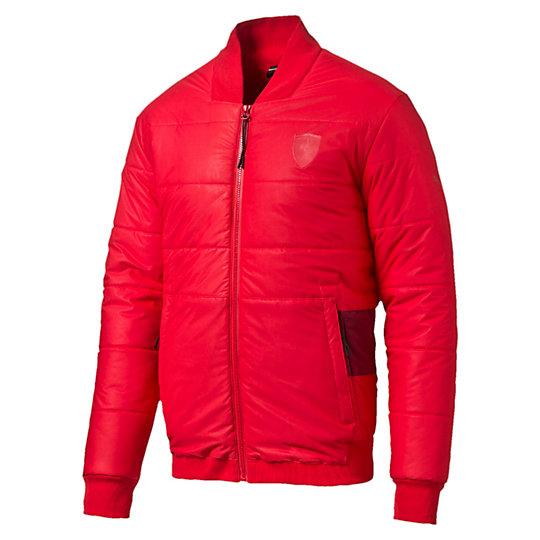 Куртка Ferrari Padded JacketКуртки, жилеты<br>Куртка Ferrari Padded Jacket<br>Стеганая куртка, демонстрирующая лучший образец дизайна Ferrari. Свободный крой позволяет комбинировать куртку с другими вещами, удобный фасон и элементы в стиле автоспорта выглядят дерзко и современно.<br><br>Коллекция: Осень-зима 2016<br>Состав: 100% полиэстер; водонепроницаемое покрытие<br>Технологии: warmCELL сохранит комфортную температуру тела даже в холодную погоду<br>Бейсбольный воротник<br>Полноразмерная застежка-молния<br>Два кармана на молнии<br>Внутренний карман на груди<br>Логотип Ferrari на груди слева<br>Логотип PUMA на правом плече<br>Страна-производитель: Тайвань<br><br><br>size RU: 52-54<br>gender: Male