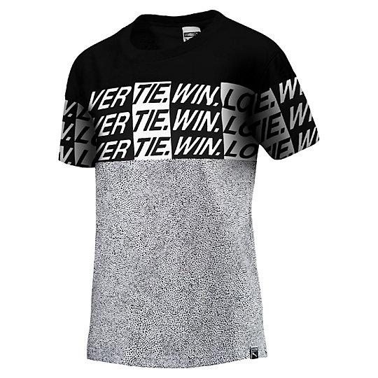 Футболка Seasonal Story TeeФутболки и майки<br>Футболка Seasonal Story Tee<br> Классический крой футболки идеально подходит для тренировок или для прогулок на свежем воздухе..<br><br>Коллекция: Осень-зима 2016<br>Состав: 100% хлопокЦвет: белый<br>Страна-производитель: Бангладеш<br><br><br>size RU: 44-46<br>gender: Female