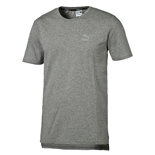 Футболка Evo Core TeeФутболки и майки<br>Футболка Evo Core TeeКлассических футболок не может быть много — ни для спортзала, ни для повседневной носки. Футболка украшена светоотражающими деталями, что придает ей яркий и футуристичный вид. Когда во время тренировки тело нагревается, особая обработка предотвращает скопление влаги и появление неприятного запаха.Коллекция: Осень-зима 2016Состав: 73% хлопок, 27% полиэстер; влагоотводящая обработка на основе биотехнологий. Резинка: 100% хлопокТехнологии: dryCELL выводит влагу наружу, сохраняя сухость и комфорт во время тренировкиЦвета: черный, серыйКруглый вырезГрафика PUMA на спинеСветоотражающий логотип PUMA Archive на левой стороне грудиСтрана-производитель: Китай<br><br>size RU: 50-52<br>gender: Male