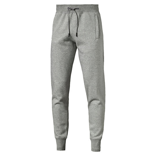 Брюки Evo Core Pants FLБрюки и леггинсы<br>Брюки Evo Core Pants FLЗнакомьтесь с коллекцией Evo. Она создана для повседневной носки, но высокотехнологичные детали, созданные для активного отдыха, добавляют ей спортивного шика. Эти брюки не исключение, благодаря комфортному эластичному поясу, удобным боковым карманам и спортивной символике PUMA.Коллекция: Осень-зима 2016Состав: 66% хлопок, 34% полиэстер; водонепроницаемое покрытиеЦвет: черныйЭластичный пояс с затягивающимся шнуркомБоковые карманы на талииМанжеты на щиколоткахСимволика PUMA на брючинеСтрана-производитель: Китай<br><br>size RU: 44-46<br>gender: Male
