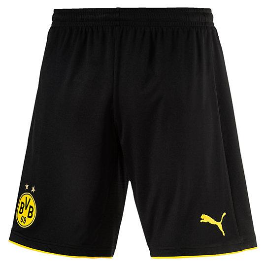 Шорты BVB Replica Shorts with InnerslipШорты<br>Шорты BVB Replica Shorts with InnerslipИгроки футбольного клуба «Боруссия Дортмунд» носят желтое и черное. Никаких других цветов. В этой же гамме выполнены футбольные шорты для команды на сезон 2016–2017. История и индивидуальность клуба воплощены в этой модели, которую с гордостью носят как фанаты, так и игроки — на матчах и на отдыхе. Высокотехнологичные материалы отводят влагу наружу, сохраняя сухость и комфорт во время тренировки.Коллекция: Осень-зима 2016Состав:100% полиэстер; финальная влагоотводящая обработка на основе биотехнологийТехнологии: dryCELLВид спорта: ФутболЦвета: желтый, черныйТканый официальный логотип BVBЭластичный пояс в рубчик обеспечивает отличную посадкуКлассический покройСтрана-производитель: Турция<br><br>color: черный<br>size RU: 50-52<br>gender: Male