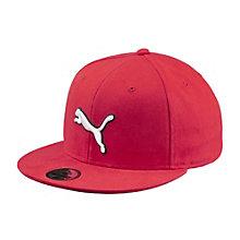 Flat brim cap.