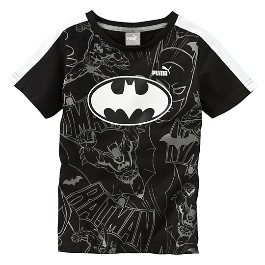 Футболка Batman TeeОдежда<br>Футболка Batman TeeИстория PUMA и Темного рыцаря продолжается в этой фантастической футболке.Коллекция: Осень-зима 2016Состав: 100% хлопок; влагоотводящая обработка на основе биотехнологийЦвета: синий, черныйКруглый вырез «под горло»Страна-производитель: Бангладеш<br><br>size RU: 104<br>gender: Boys