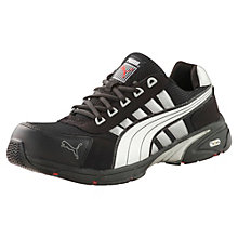 S1p hro motion protect safety shoes.